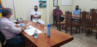 Vereador Kêno se reúne com prefeito e produtores rurais do P.A. Piracicaba.